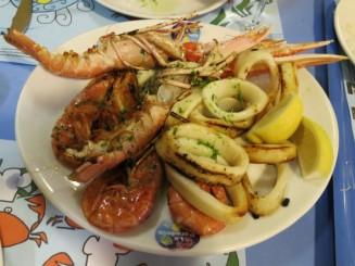 Grilled-Seafood-La-Paradeta-Restaurant-Barcelona-Spain-800x600.jpg